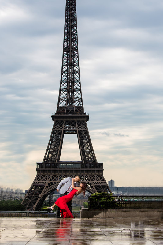 Paris wedding eiffel tower