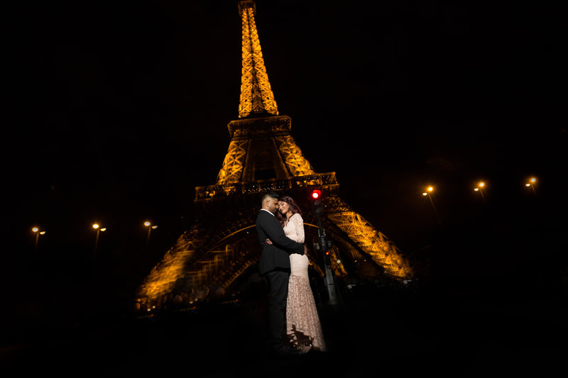 photoshoot of paris at night
